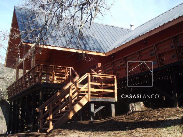 Terraza con maderas impregnadas para mayor duración